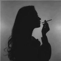 抽烟的女生也会哭 意境个性抽烟