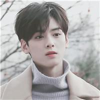 看这个男生他又高又帅 韩国脸蛋天